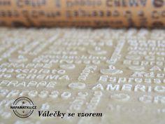 Detail těsta na sušenky se vzorem