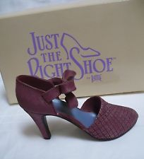 'Just the right shoe' by Raine Blush 25020 NIB collectible minature 1999