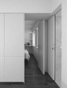 simplicity love: Interior in Murcia, Spain | Dot Partners