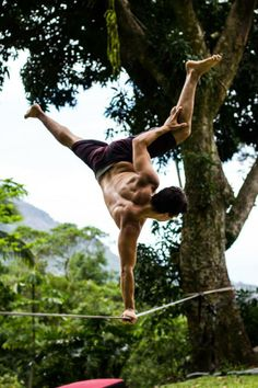 This is the home of the greatest slack line store in the world Line Photography, Adventure Activities, Yoga For Men, Calisthenics, Extreme Sports, Rock Climbing, Outdoor Fun, Slacks, Men Stuff