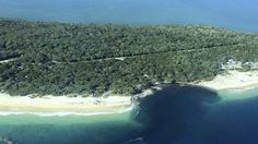 Rainbow Beach sinkhole 2015: Inskip Point could 'disappear entirely' over time | QLD