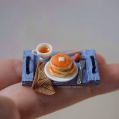 #miniature #food #minifood #pancakes #butter #strawberry #tea