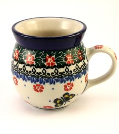 Nice bubble mug! Especially because of the butterfly :) Polish pottery