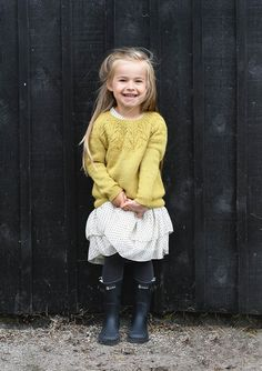 Ravelry: Aurora pattern by Sandnes Design Adorable little girls sweater! Kids Knitting Patterns, Knitting For Kids, Baby Patterns, Knitting Projects, Girls Sweaters, Baby Sweaters, Baby Girl Fashion, Fashion Kids, Baby Outfits