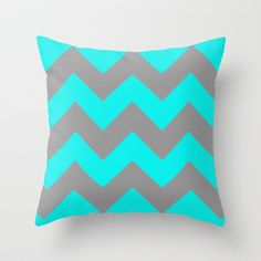 My two fav things! Chevron and turquoise!!