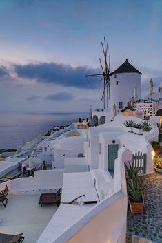 Evening in Oìa, Santorini, Greece