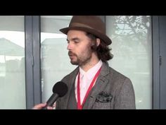 ▶ Sydney Writers' Centre interview: Oliver Jeffers - YouTube