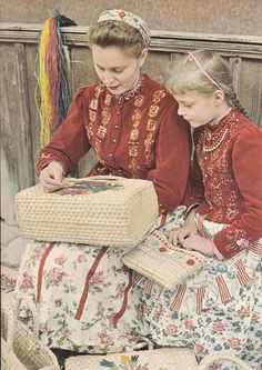 the-two-germanys: Tápéi népviselet. - It Was A Work of Craft Hungarian Embroidery, Vintage Embroidery, Folk Costume, Costumes, Lazy Daisy Stitch, Family Roots, Folk Dance, Chain Stitch, European Fashion