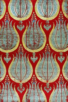 Turkish woven textile, tulips, late century, silk and silver lamella; tulips represent true-to-life depictions of Turkish plants, but with added abstract emblem-like elements. Motifs Textiles, Textile Patterns, Textile Art, Color Patterns, Print Patterns, Empire Textiles, Fabric Art, Fabric Design, Motif Floral