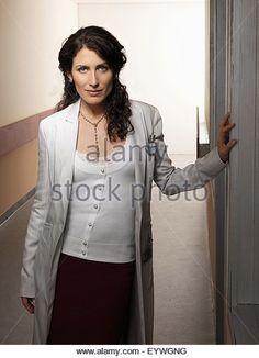 Lisa Edelstein como la doctora Lisa Cody