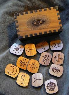 All Seeing Eye Witch Runes Set (13)