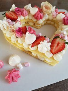 Cream tart Number Cakes, Piece Of Cakes, Tart, Waffles, Berries, Deserts, Cream, Breakfast, Food