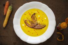 ziiikocht: Karotten-Ingwer-Suppe mit Orangen und wie ich jetzt von dieser, auf die fortschreitende Globalisierung der Welt komm'...