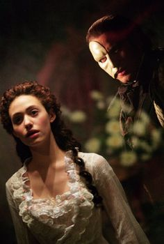 Still of Emmy Rossum and Gerard Butler in The Phantom of the Opera (2004)
