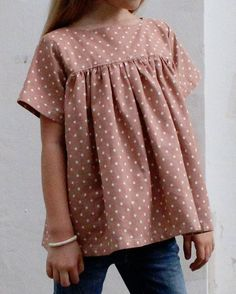 The Voilà Blouse PDF pattern and tutorial di CaliFayeCollection