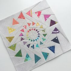 I guess I just love making mini quilts. Paper Pieced Quilt Patterns, Patchwork Patterns, Quilt Block Patterns, Quilt Blocks, Mini Quilts, Patchwork Vol D'oie, Quilting Projects, Quilting Designs, Flying Geese Quilt