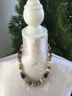 Halskette Wood SFr. 25.-- Pearl Necklace, Beaded Necklace, Pearls, Jewelry, Fashion, Stones, String Of Pearls, Jewellery Making, Moda