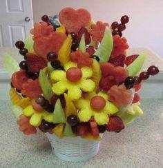 Make an Edible Fruit Bouquet: Easy How To Photos