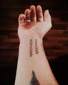Tattoo Feminina, Hennas, Minimal Tattoo, Irezumi, Tatoos, Tatting, Tattoo Quotes, Piercings, Ink