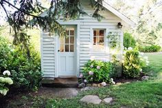 So sweet! perfect potting shed/studio/shed! A Country Farmhouse: Farmhouse Renovation Garden Cottage, Cozy Cottage, Cottage Style, Home And Garden, Backyard Cottage, White Cottage, Backyard Studio, Garden Studio, Farmhouse Renovation