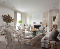 Laura Casey Interiors, Interior Designer and Decorator Charlotte NC Beautiful Living Rooms, Living Room Modern, Beautiful Interiors, Living Area, Living Room Decor, Living Spaces, Style At Home, Interior Styling, Interior Design