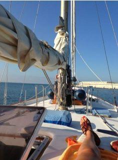 Navegando con la escuela Sailing Ships, Boat, School, Sports, Dinghy, Boats, Tall Ships