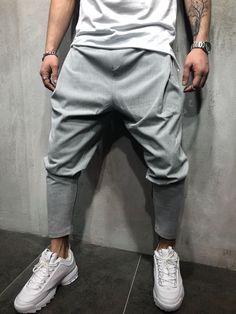 Monocloth is delivering music-inspired men streetwear sweatpants for you. Choose through our collection ankle, cargo, jogger or slim fit sweatpants. Mens Joggers Sweatpants, Red Joggers, Joggers Outfit, Casual Jeans, Men Casual, Drop Crotch Pants, Drawstring Pants, Ankle Pants, Streetwear Fashion