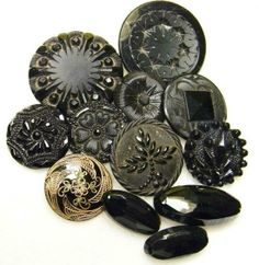 Victorian Buttons https://www.facebook.com/media/set/?set=a.10151535117164028.1073741828.335841904027&type=3 … From my Victorian Influences album on Facebook.