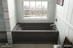 Nova Scotia Cool-toned bathroom #CollaborationinFullColor
