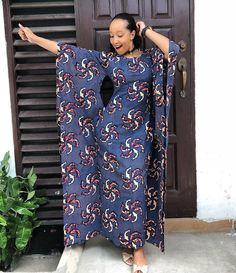 African Long Dresses 2018 : Amazing Fashion Styles for Beautiful African Ladies - Zaineey's Blog  FacebookTwitterGoogle+WhatsAppAddthis