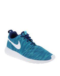 Nike Roshe, Nike Free, Africa, Sneakers Nike, Blue, Stuff To Buy, Shopping, Shoes, Fashion