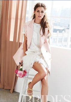 粉色西裝背心+短洋裝