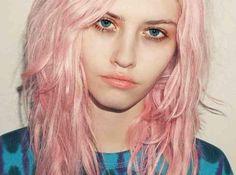 Lente in je haar: lichter én pastelkleurtjes