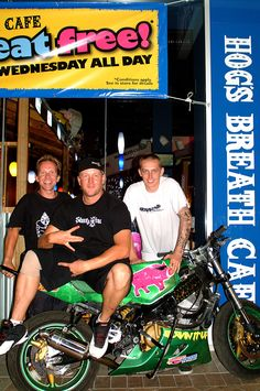 Hogs Breath Cafe Days... Jamie, Scotty B and Lucky