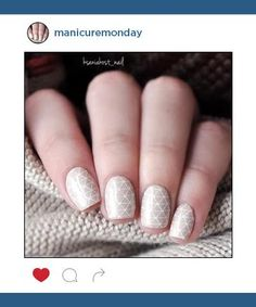 Stunning nail art ideas -- from easy DIY to crazy design ideas -- one week at a time Winter Nail Art, Winter Nails, Manicure 2017, Beige Nails, Fabulous Nails, Cool Nail Art, Spring 2016, Beauty Secrets, Fun Nails