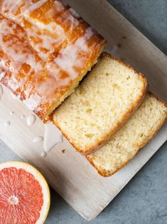 Three easy dishes to try out this week. A delicious Pasta w/ Broccoli Sauce, Crispy Baked Buttermilk Chicken and a Grapefruit Yogurt Cake that's to die for! Grapefruit Yogurt Cake, Citrus Cake, Cupcakes, Cupcake Cakes, Cake Recipes, Dessert Recipes, Grapefruit Recipes Dessert, Citrus Recipes, Sweet Recipes