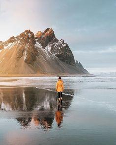 Photo by in iceland. (at Iceland) Trekking, Beautiful World, Beautiful Places, Ski, Adventure Aesthetic, Wanderlust, Escalade, Kayak, Iceland Travel