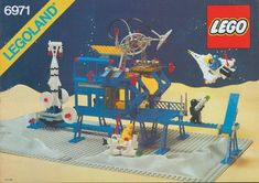 A Space set released in Lego Space Sets, Lego Sets, Chewing Gum, Most Beautiful Pictures, Cool Pictures, Legoland, Lego Creations, Kids Rugs, Base