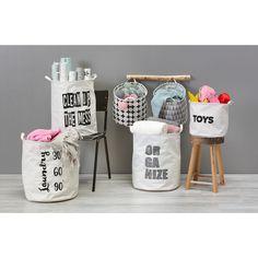 Berg je spullen mooi op in deze leuke opbergzakken! Welke tekst vind jij het leukst? #opbergen #kwantum #wonen