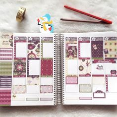 My next week decoration before the pen...I feel Christmas already! . . . #plannerlife #plannerlove #erincondrenlove #printablestickers #planwithme #plannerspread #plannerlayout #plannerlove #planneraddict #plannercommunity #plannercomunnitybrasil #vep #souvep #adesivos #planningtime #weeklylayout #weeklyspread #plannergirl #plannersticker #plannerdecoration #beforethepen #christmastickers