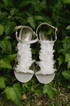 amazing ivory wedding shoes http://www.weddingchicks.com/2013/09/16/modern-texas-wedding-2/
