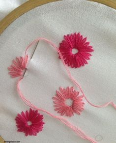 Embroidery Stitches Designs 8 beautiful ways to do LAZY DAISY flower embroidery designs - Sew Guide - Lazy daisy flower embroidery designs can be done in many beautiful ways with the versatile lazy daisy stitch. Embroidery Flowers Pattern, Learn Embroidery, Hand Embroidery Designs, Embroidered Flowers, Ribbon Embroidery, Simple Flower Embroidery Designs, Creative Embroidery, Embroidery Jewelry, Embroidery Ideas