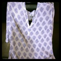 Very cute tunic from Old Navy. White with pretty blue pattern. Old Navy Tops Tunics