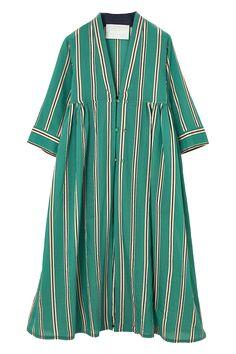 スタイリスト佐々木敬子プロデュース 大人に向けたライフスタイルブランド【MYLAN】のRabari robe dress