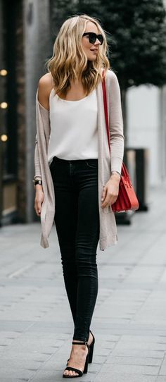 """Skinny Workout - summer outfits Beige Cardigan White Tank Black Skinny Jeans Watch this Unusual Presentation for the Amazing to Skinny"""" Secret of a California Working Mom Summer Office Outfits, Spring Outfits, Summer Office Casual, Winter Outfits, Casual Winter, Outfit Summer, Winter Wear, Summer Clothes, Winter Style"""