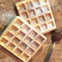 Waffle: la ricetta originale dei waffle alla belga Pancake Muffins, Pancakes, Crepes, Biscotti, Gelato, Cupcake, Hobby, Breakfast, Brownies