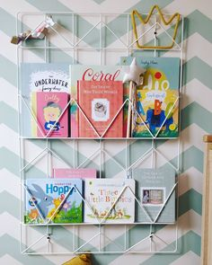 """Totally stole this idea from my sister (🙋🏻♀️Lic) but how cute does the youngest's book storage look? This is an IKEA memo board but it's…"""" • 12 Ott 2020 alle ore 7:52 UT Bedroom For Girls Kids, Kids Room, Book Storage, Storage Organization, Three Little, Ikea Hack, Room Inspiration, Fancy, Room Kids"""