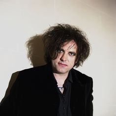 Robert Smith, 2001 Photo by Jacques Lange. The Sweetest Thing Movie, Robert Smith The Cure, James Smith, Face Pictures, Dave Gahan, Rock Groups, Ever And Ever, Post Punk, Take That