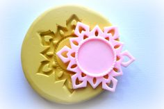 0785 Snowflake Shaped Cameo or Cabochon bezel/frame by MasterMolds