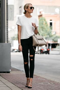 85d893b4fce A white tshirt and jeans is one of the most basic outfits
